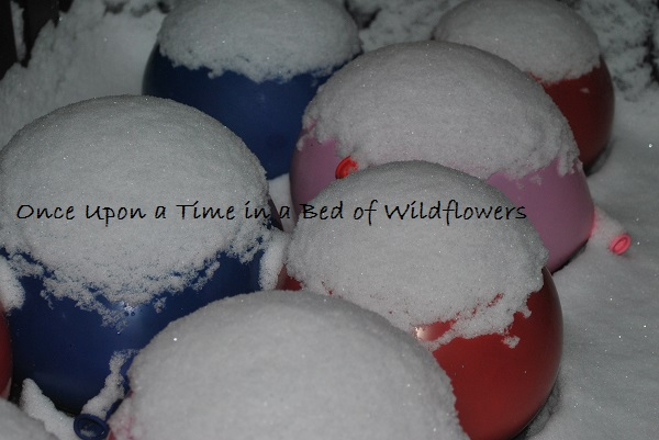 Ice Marbles -- balloons with snow | Once Upon a Time in a Bed of Wildflowers