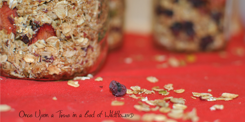 Easy Homemade Granola in Jars