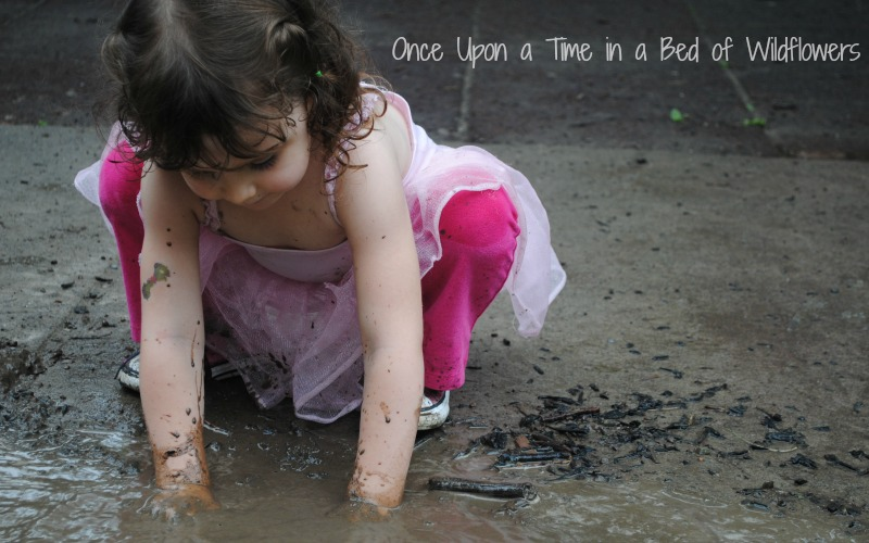How little girls play // Once Upon a Time in a Bed of Wildflowers